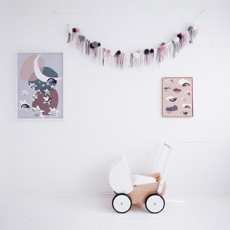 Ella and the Roo new collection dilly and the boo blog pom pom garland